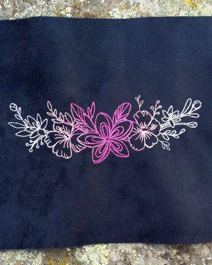 Coupon brodé fleurs rose limalou